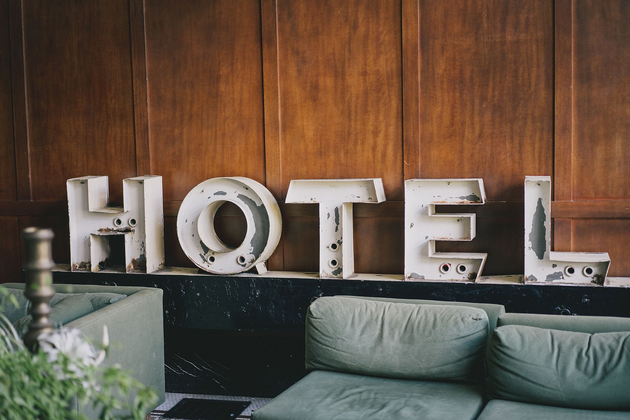 5 Signs It's Time to Change Your Hotel Property Management System